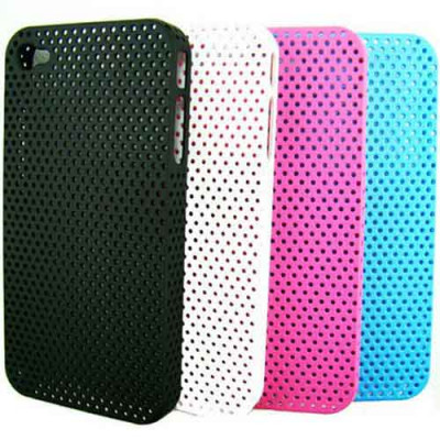 Perforated Snap Case – чехол для iPhone 4 и 4S